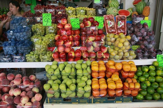 Fruit stand Tel Aviv